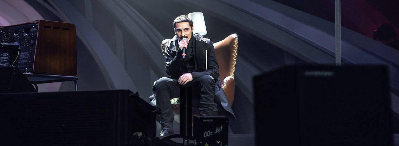 Jau piektdien Rīgā ar savu jauno šovu uzstāsies dziedātājs Dima BIlan